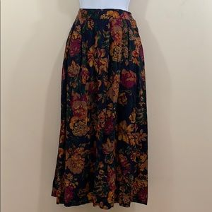 Hunt Club Floral Full Length Skirt  Size 8